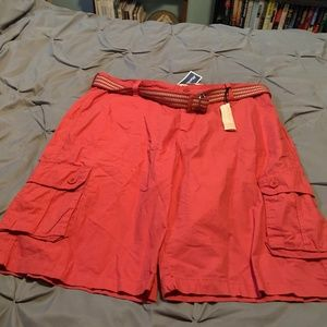FREE PLANET Men's NWT Pink Cargo Shorts. Size 38
